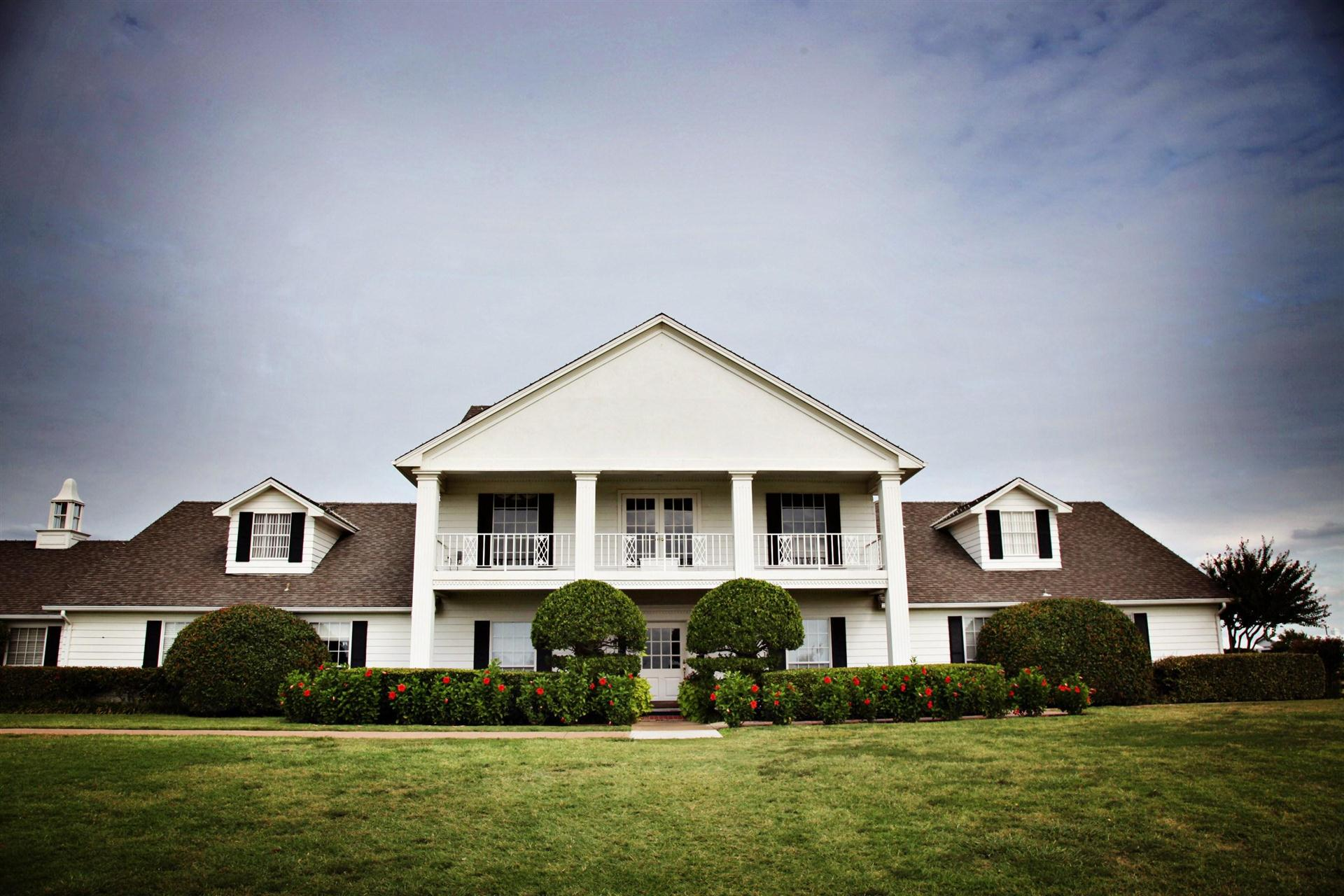List of synonyms and antonyms of the word southfork ranch for Southfork house plan