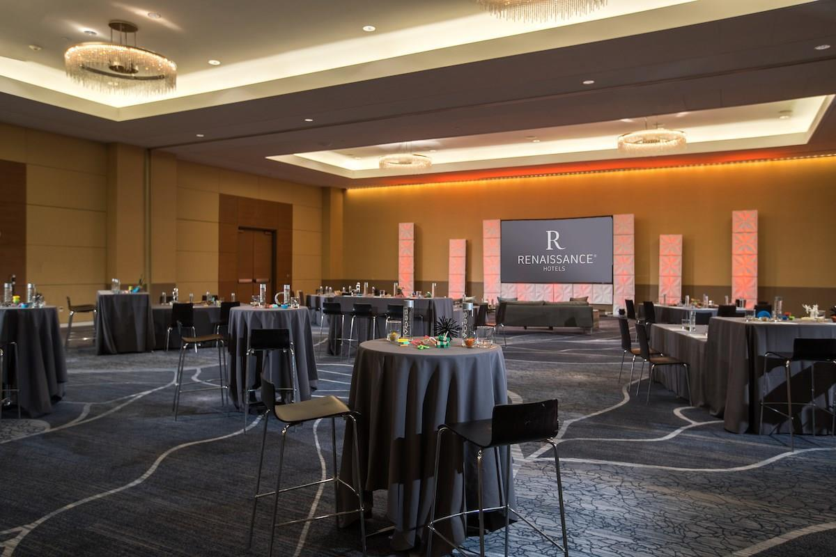 Meetings and Events at Renaissance Schaumburg Convention