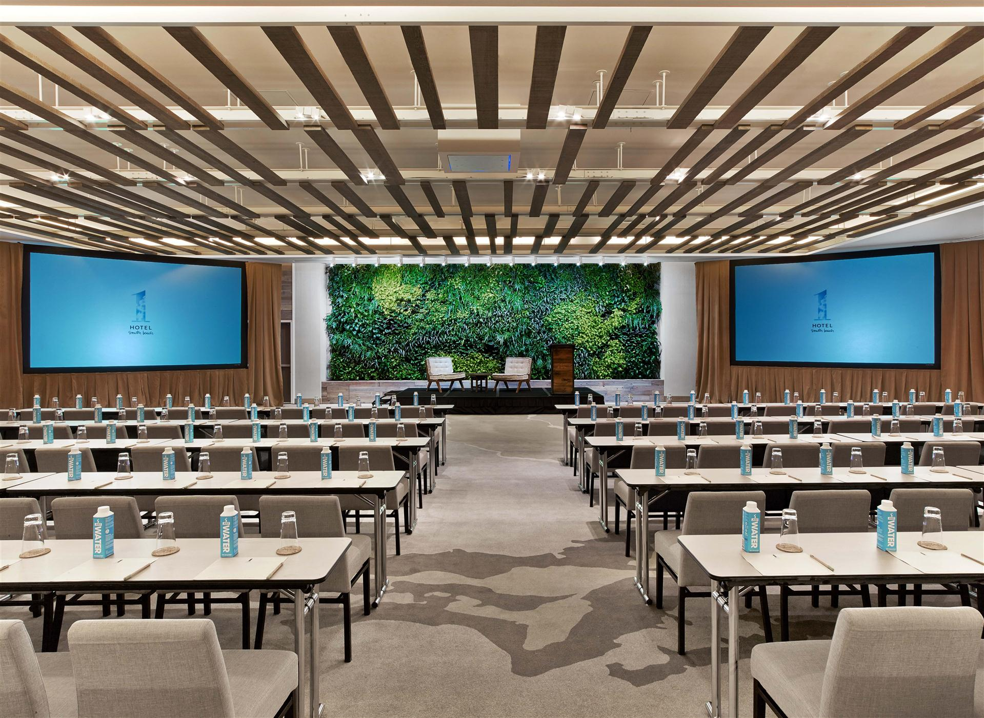 Meetings and events at Loews Miami Beach Hotel, Miami Beach