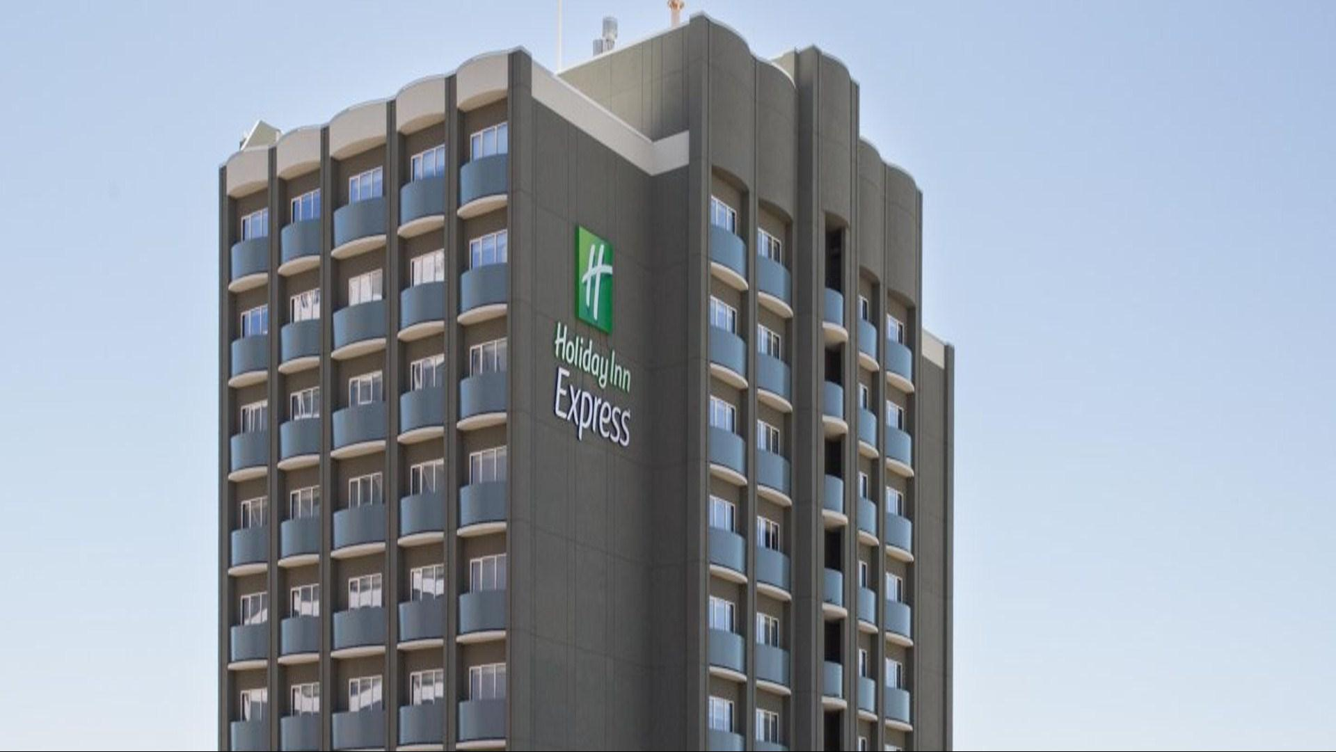 Meetings & Events at Holiday Inn Express Bronx NYC Stadium Area
