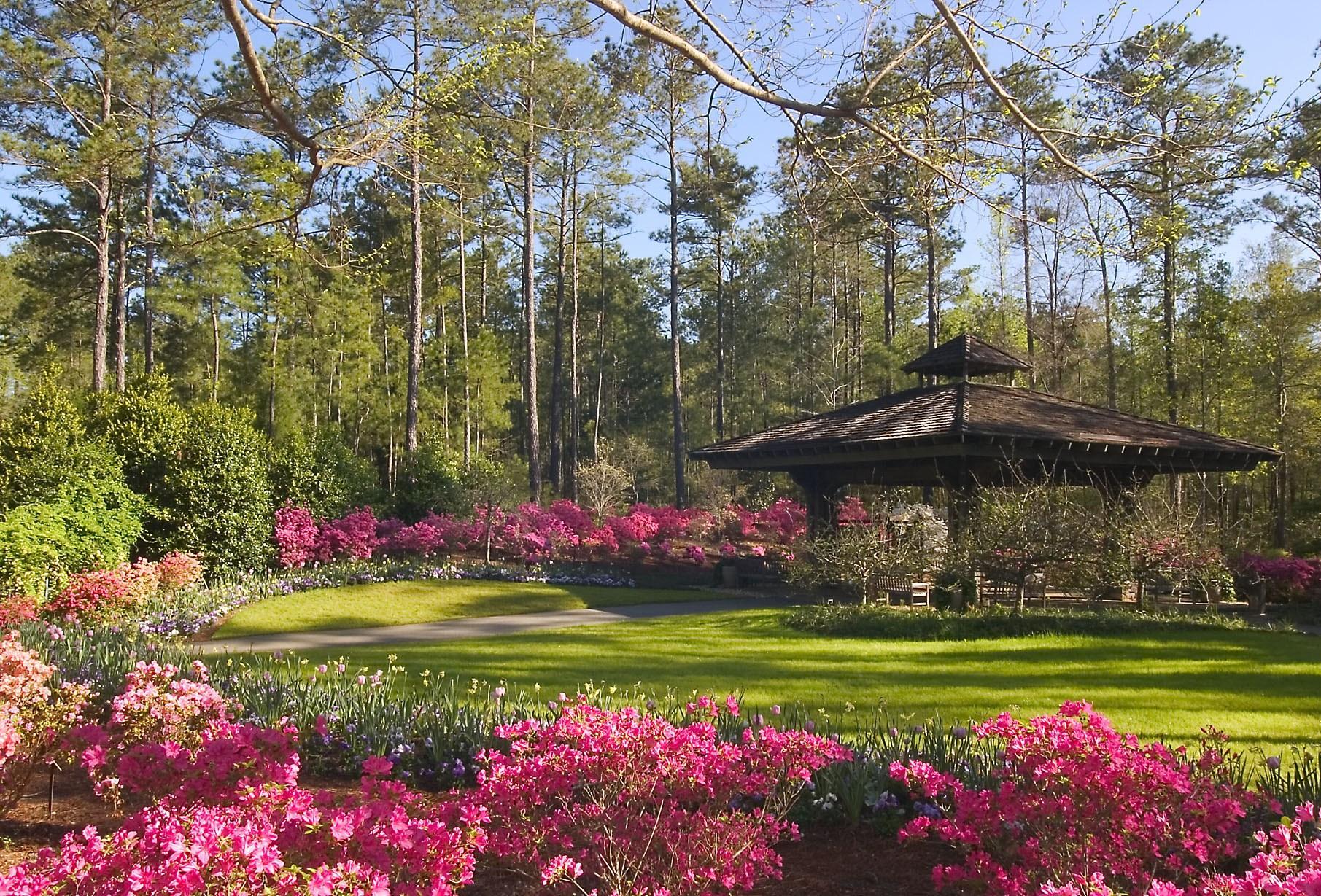 callaway home slider hotels values big cobblestone gardens town quality city near small garden