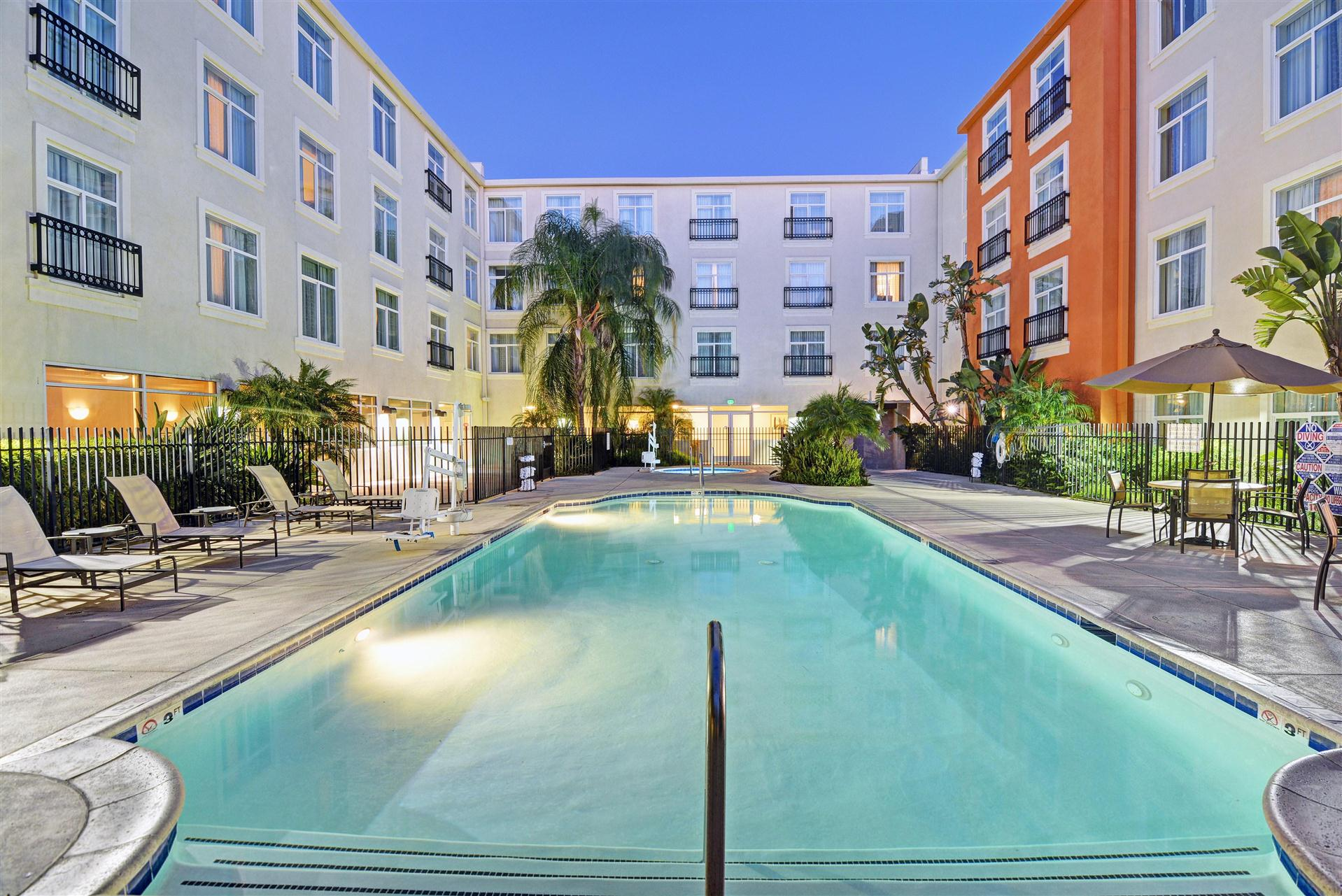 Meetings and events at Embassy Suites by Hilton Valencia