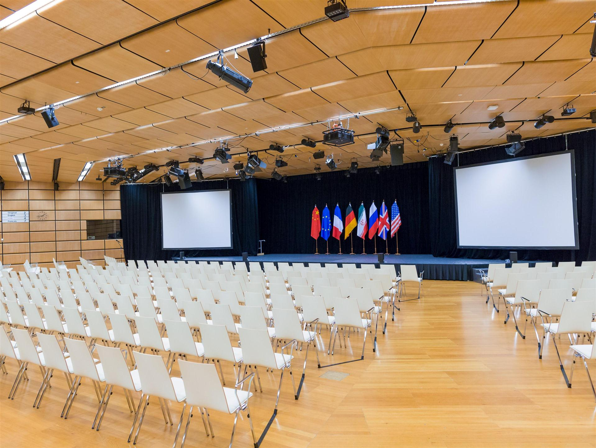 Meeting and event spaces at hilton austria hotels vienna and - Hall D