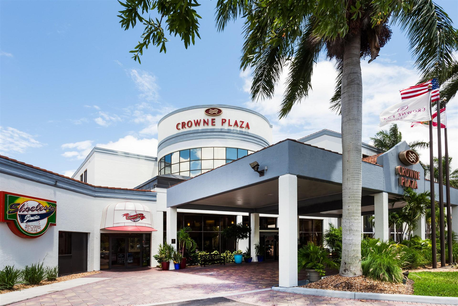 Meetings and events at Crowne Plaza Fort Myers at the Bell