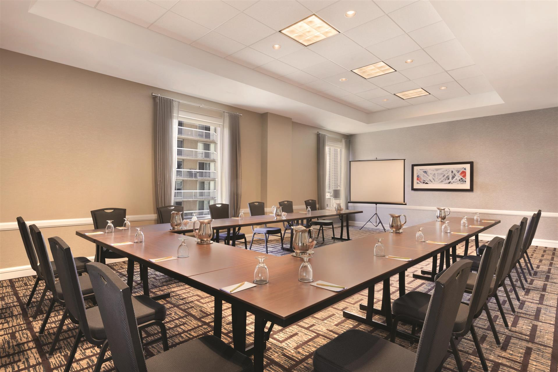 Meetings and Events at Hilton Garden Inn Chicago Downtown ...