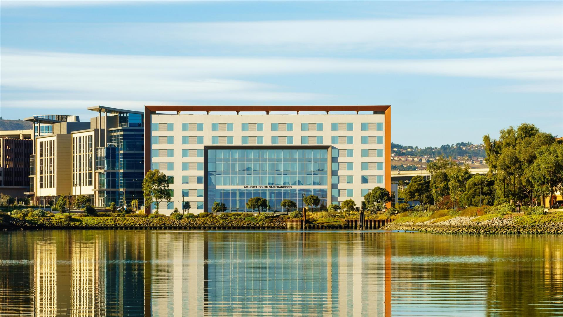 Meetings And Events At Ac Hotel San Francisco Airport Oyster Point Waterfront South San Francisco Ca Us