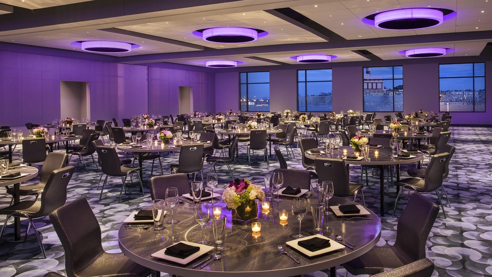 Meetings And Events At Aloft Boston Seaport District Boston