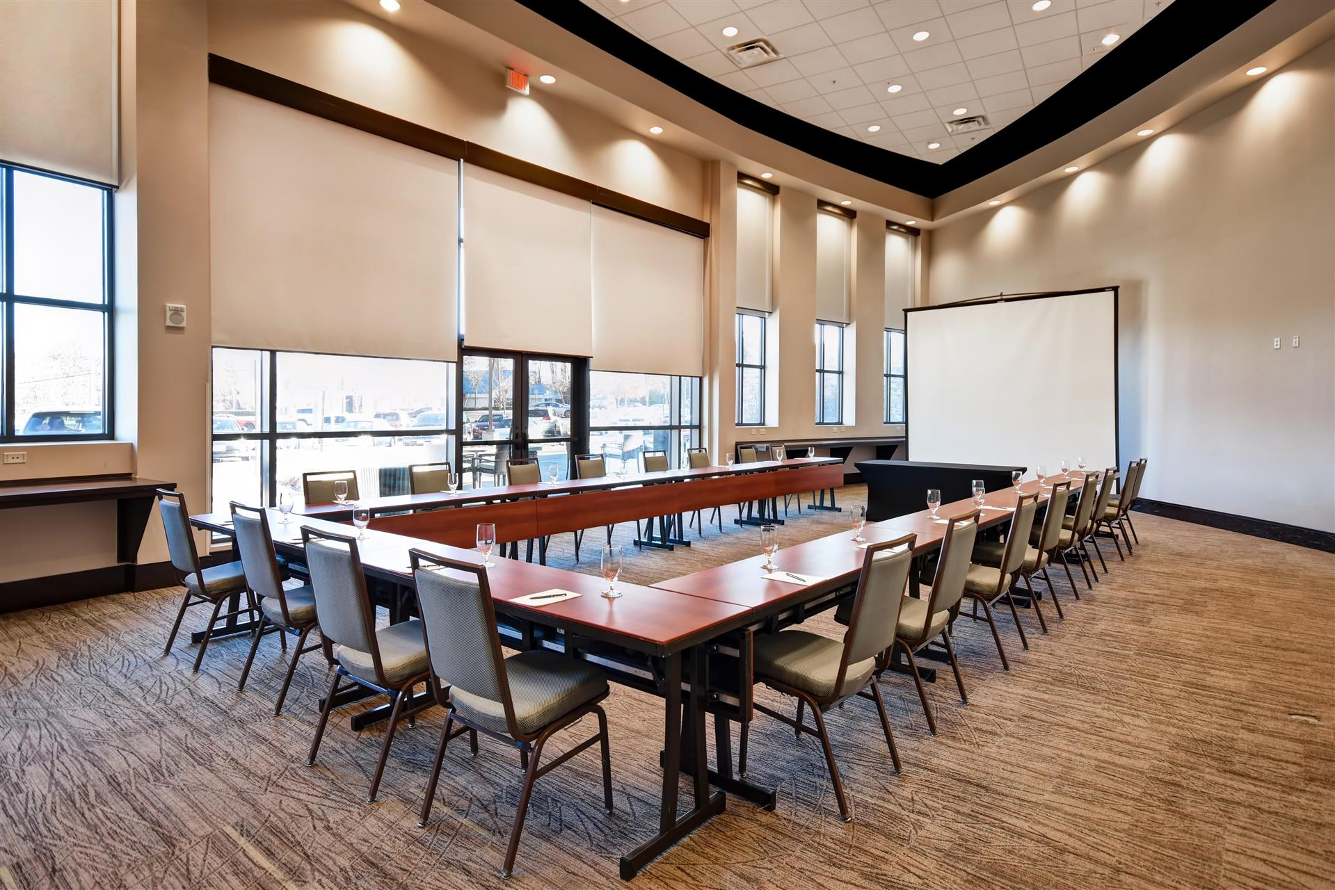 Meetings and events at Embassy Suites by Hilton Springfield
